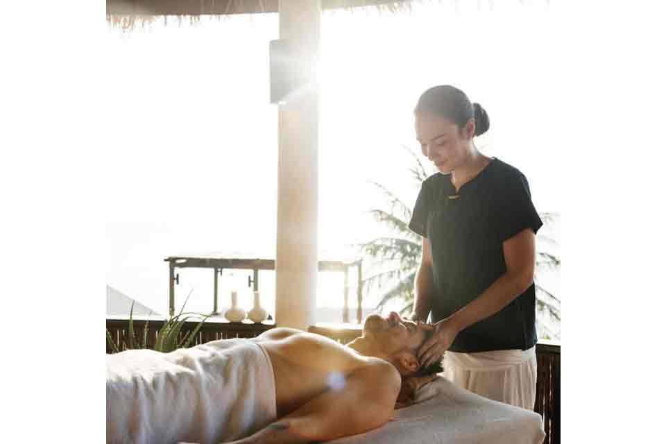 Best Massage Service at home or Hotel Offers | Roshan Any ...